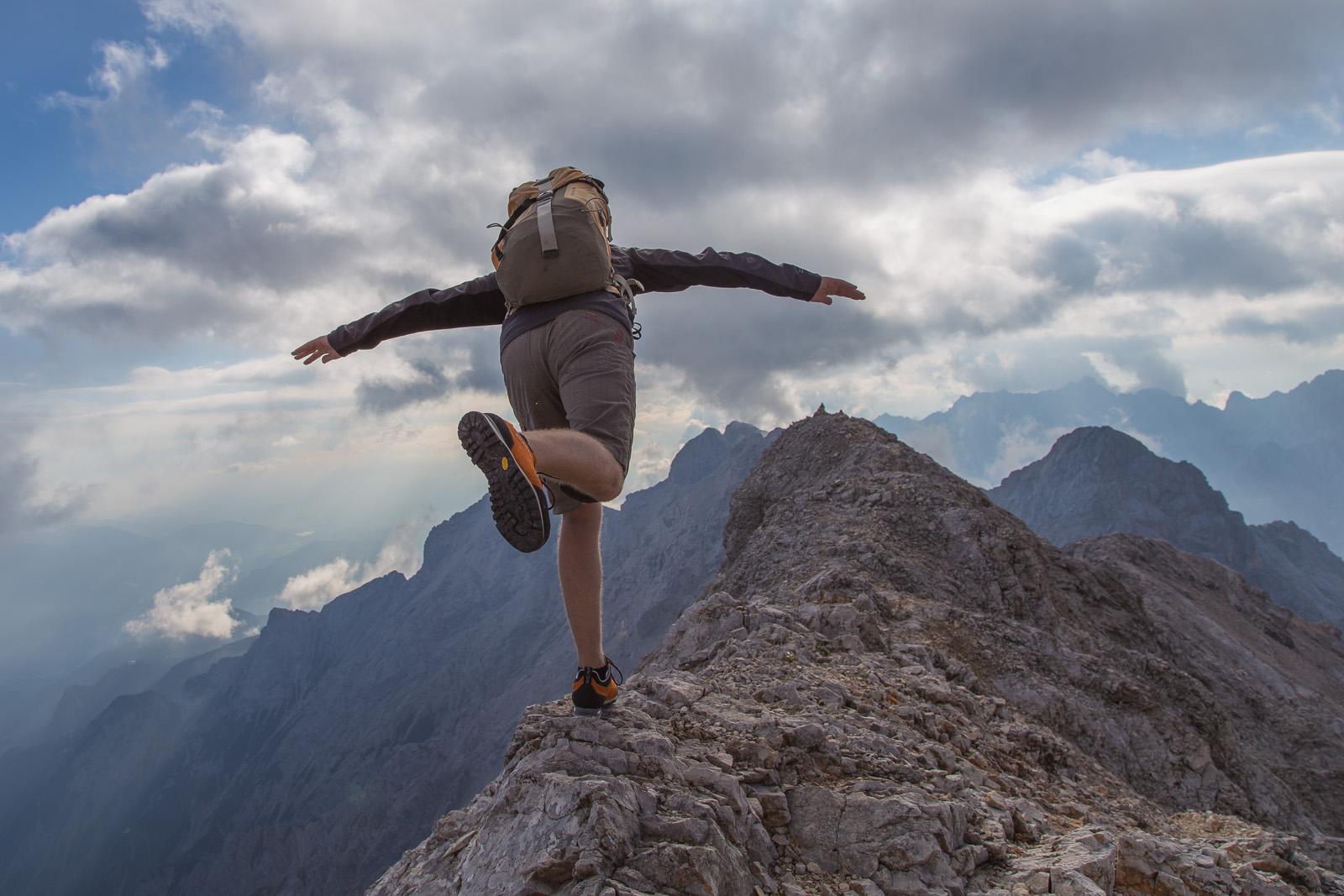 Klettersteig Zugspitze Höllental : Jubiläumsgrat über höllental climb and hike