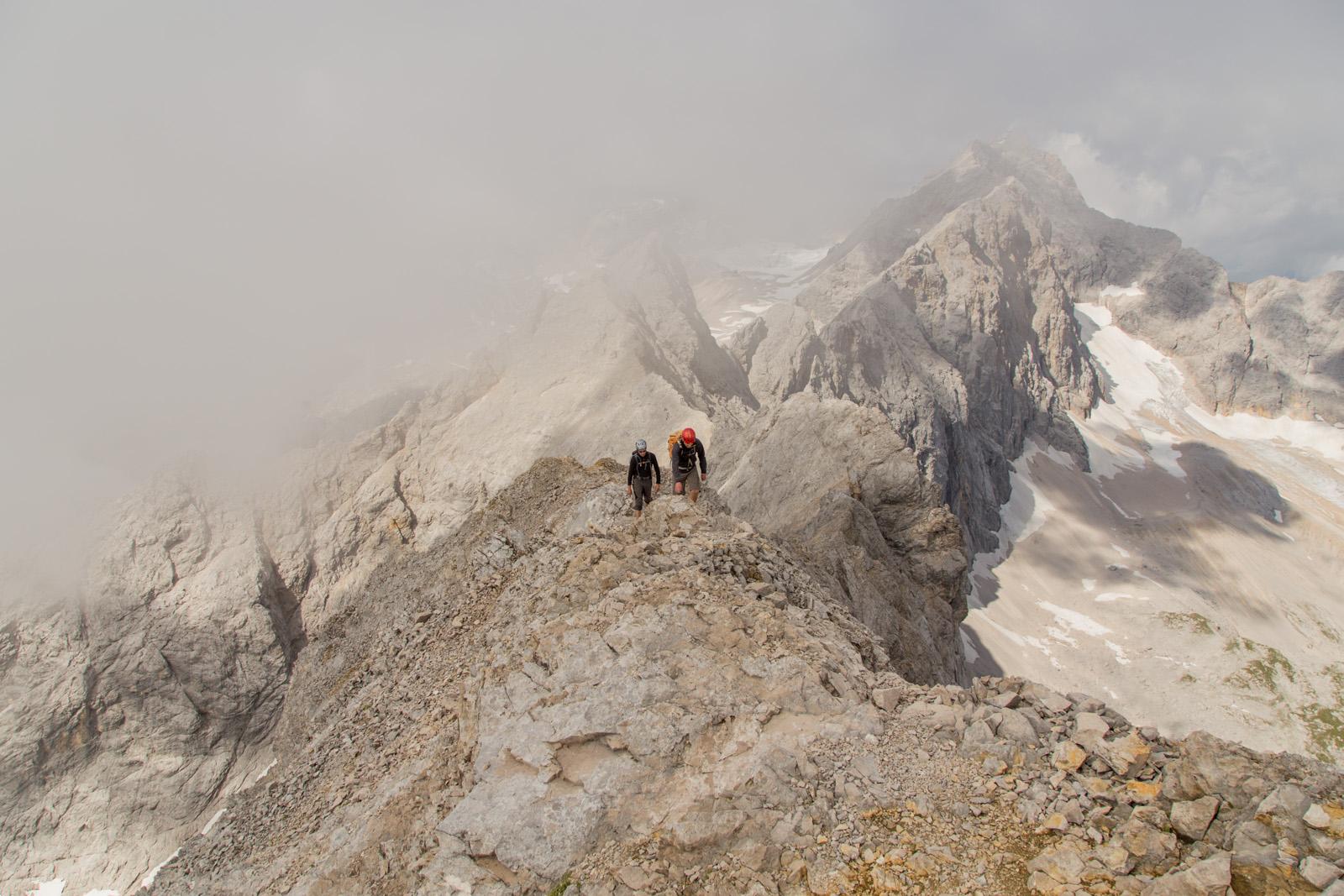 Jubiläumsgrat Klettersteigset : Jubiläumsgrat über höllental climb and hike